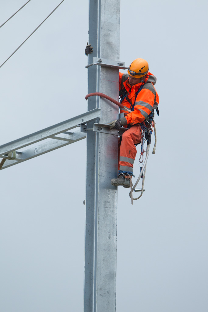 Remplacement pylones LEB